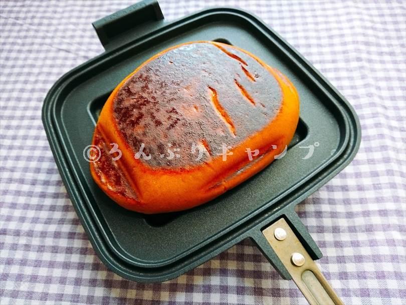 ホットサンドメーカーで焼いた後のジャムパン
