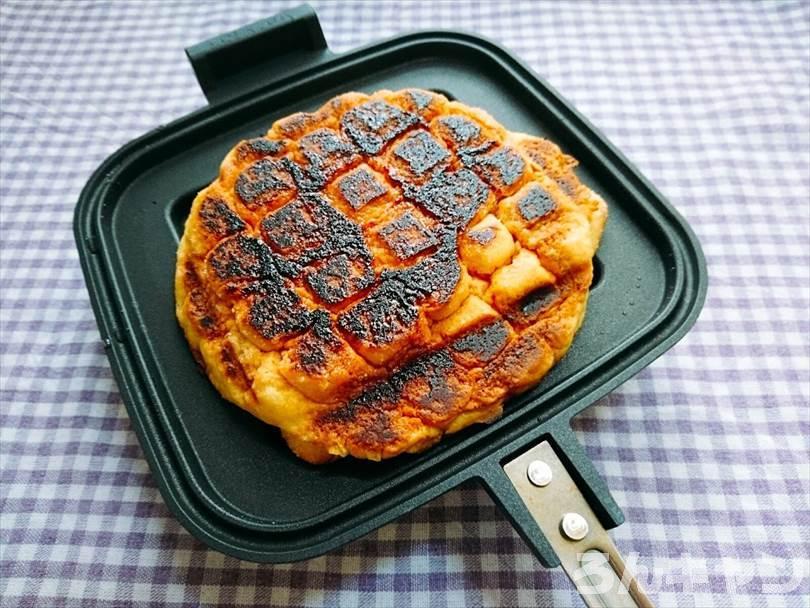 ホットサンドメーカーで焼いた後のメロンパン