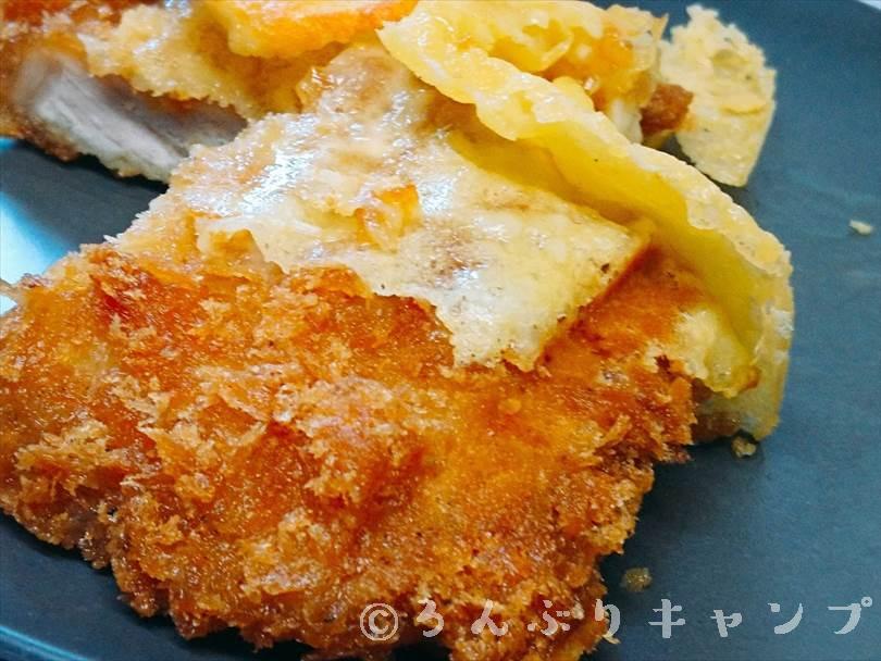 ホットサンドメーカーで焼いた後のとんかつととろけるチーズ