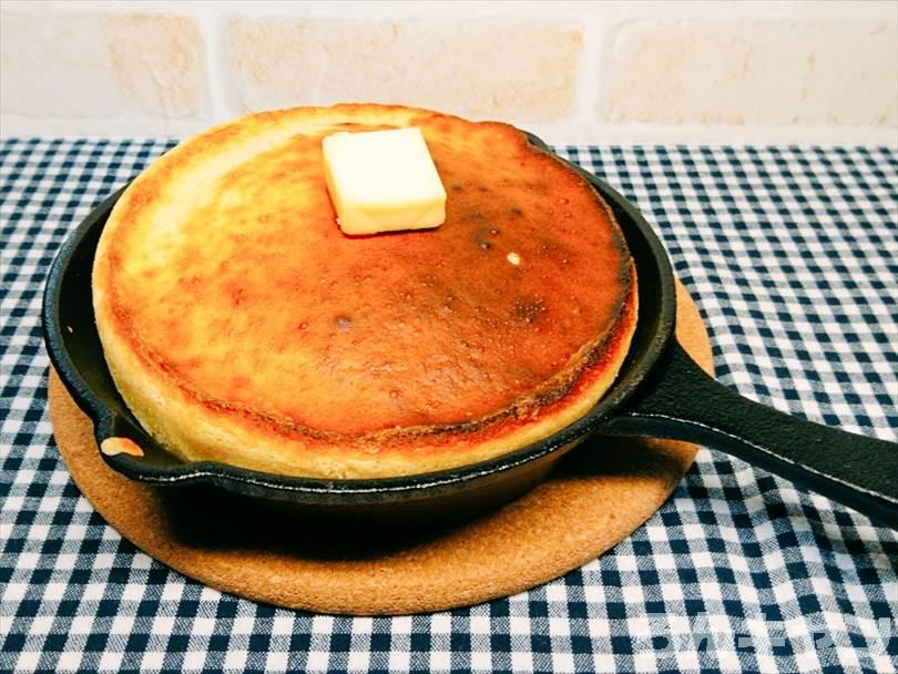 ダイソーのスキレット(300スキ)で作ったパンケーキ(ぐりとぐら風)