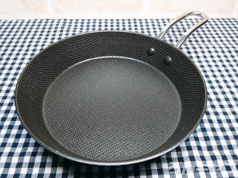 ニトリの『IH 二層鋼グリルパン 片手(16cm)』