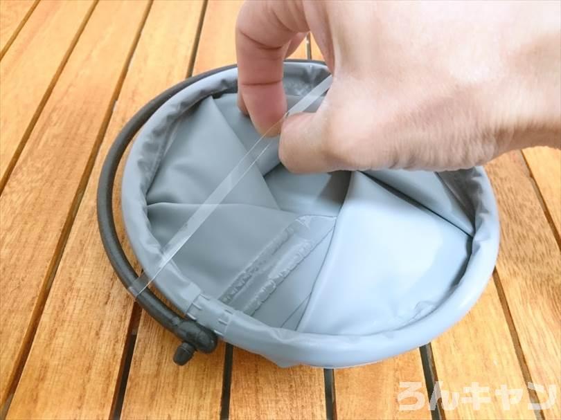 【100均】セリアの折りたたみバケツが便利 ジャグの水受けに使えてコンパクト収納