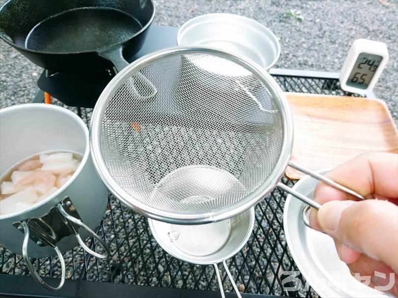 【簡単】キャンプで絶品アヒージョ|冷凍シーフードミックスを使って時短・楽チン