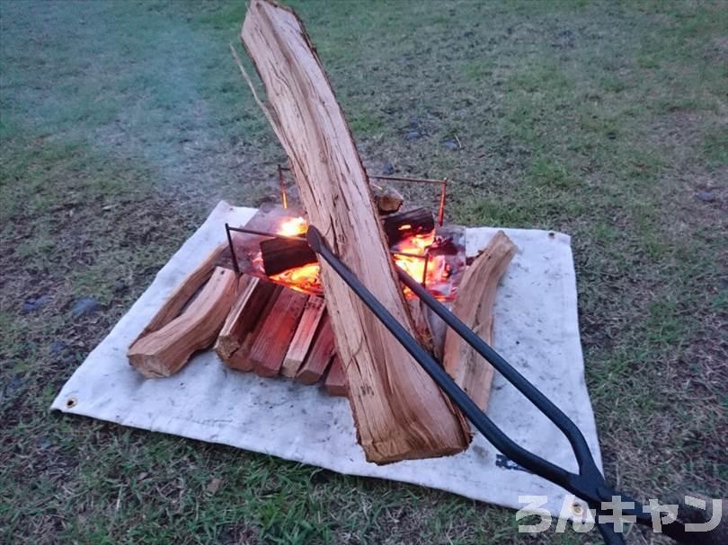 【レビュー】VENTLAXのTAKIBI TONGSは新時代の焚き火ばさみ